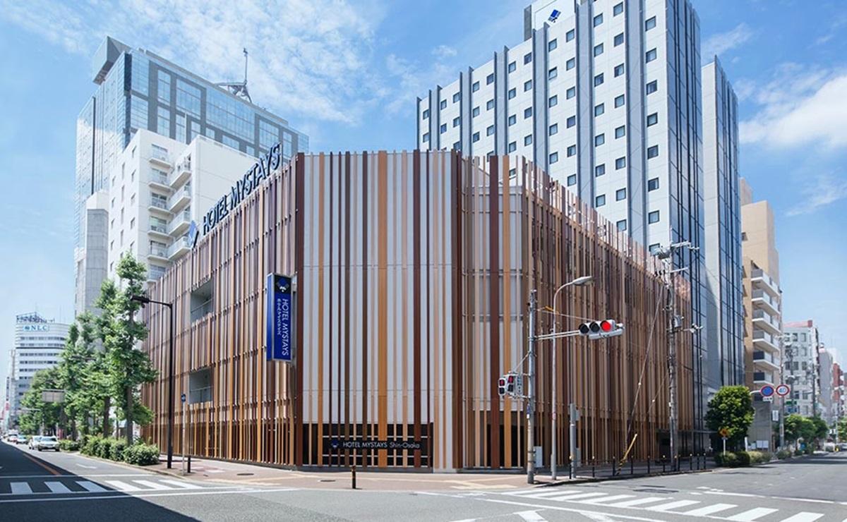 ホテルマイステイズ新大阪コンファレンスセンター  和洋約30種類のバイキング! 写真1