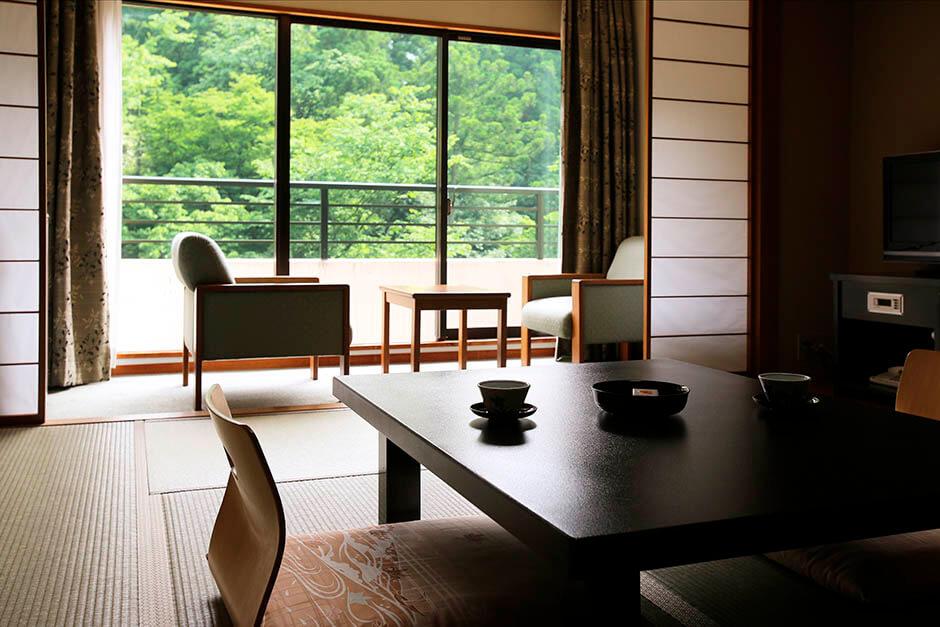 ロイヤルホテル 山中温泉河鹿荘  芭蕉が旅の疲れを癒した! 写真3