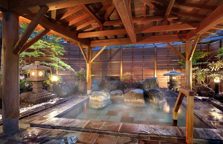 草津温泉 望雲   旬の素材に真心を添えて 写真1