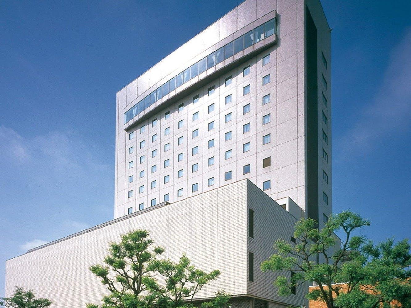 ホテルニューオータニ高岡 写真1