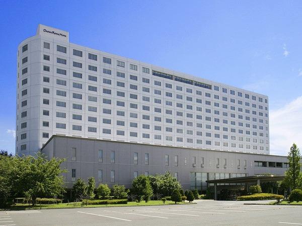 ロイヤルホテル 長野 [旧:信州松代ロイヤルホテル] 写真1