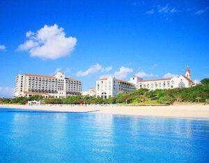 ホテル日航アリビラ ヨミタンリゾート沖縄 写真