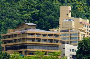 鳴子ホテル 写真