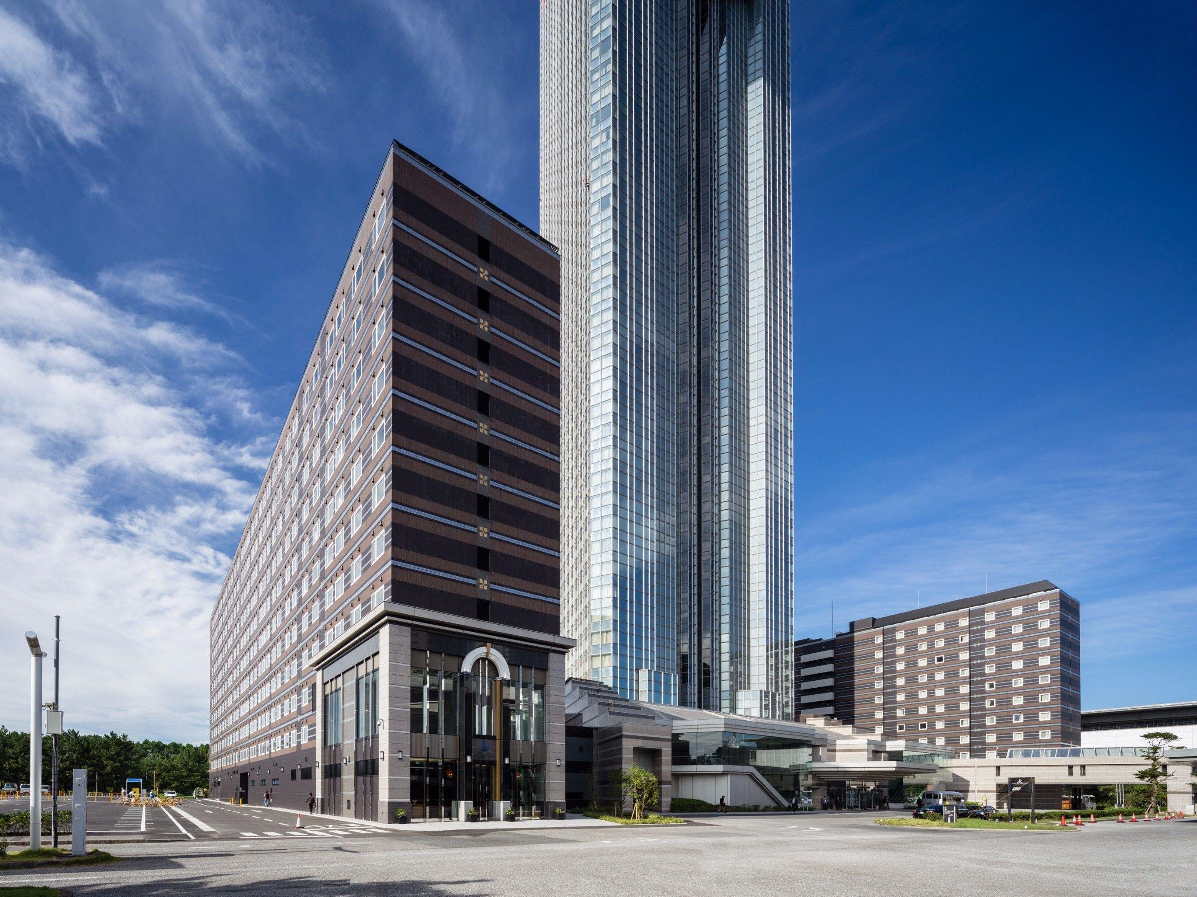 アパホテル&リゾート〈TOKYOベイ幕張〉 写真1