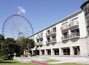 ホテルシーサイド江戸川  広大な園内はまさにホテルの庭! 写真